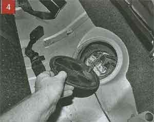 фиксаторы крышки Renault Symbol