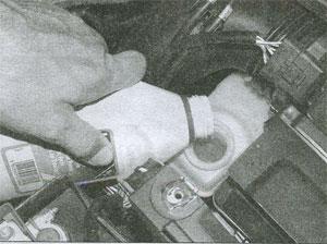 заливка жидкости Renault Megane